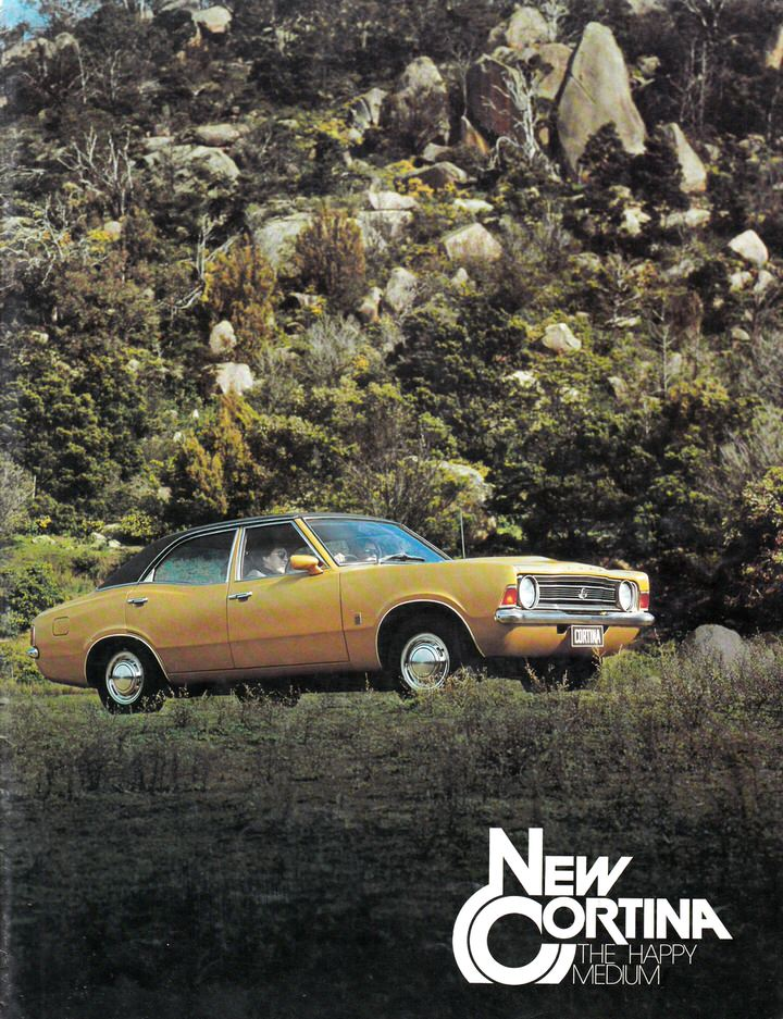 FORD CORTINA 1974 1975 TC 4 and 6 SALES BROCHURE