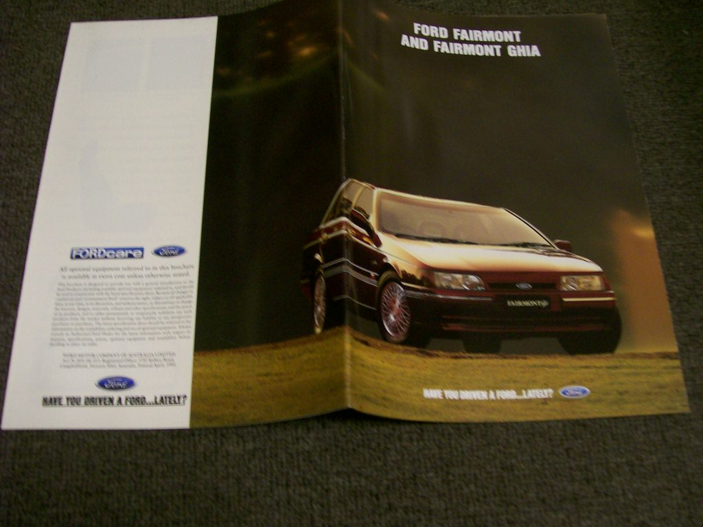 EB FORD FAIRMONT EB GHIA SEDAN WAGON 1993 NEW NOS SALES BROCHURE